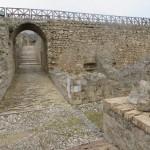 Un borgo e una fortezza