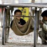 Cina, bambina in vendita