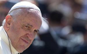 Il Papa c'è, la politica latita
