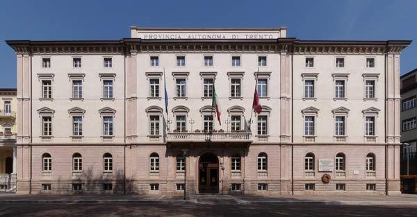 Trento-Palazzo_della_Provincia_Autonoma