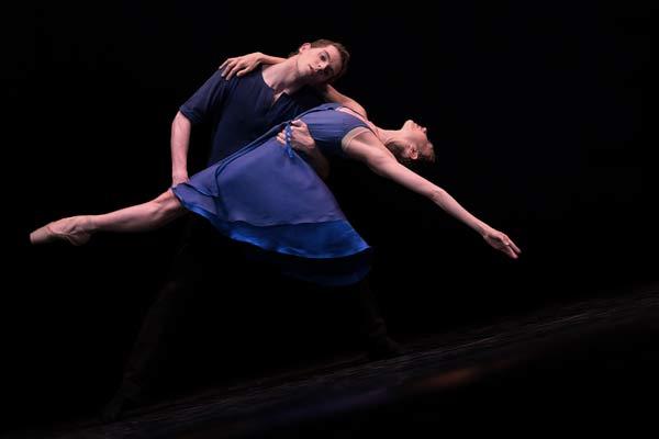 BallettduRhin_Without_foto_-Jean-LucTanghe_Marwik-Schmitt-Sarah-Hochster
