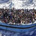 Speculava sui migranti