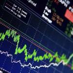 Mercati, Draghi rasserena