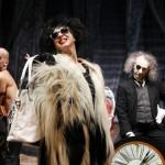Pivetti è Lady Mortaccia in scena