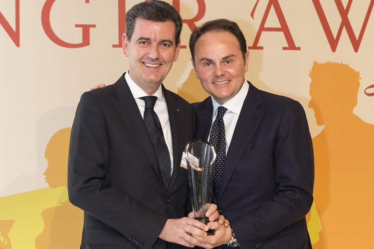 Meininger- Award-alla famiglia-lunelli-Marcello-e-Matteo-Lunelli-ritirano-il-premio-2016