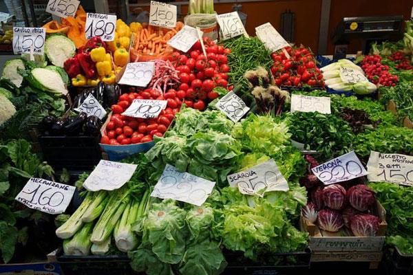 Prodotti-alimentari--verdure-frutta