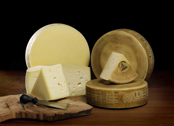 Vola-export-asiagodop--Asiago-Fresco-mezzano