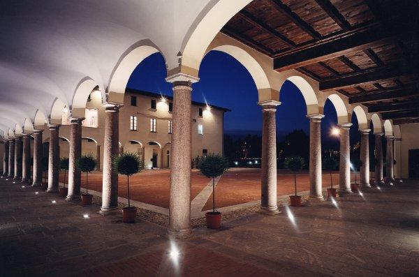 Gran-Hotel-Villa-Torretta-porticato-nobile