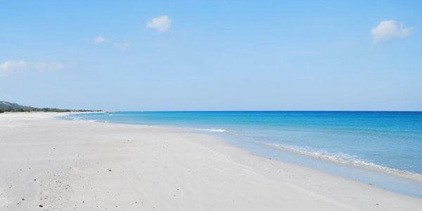 Dalle nostre spiagge rubano anche la sabbia