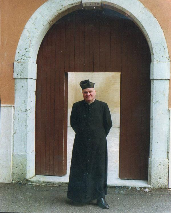 il-buon-curato-don-raimondo