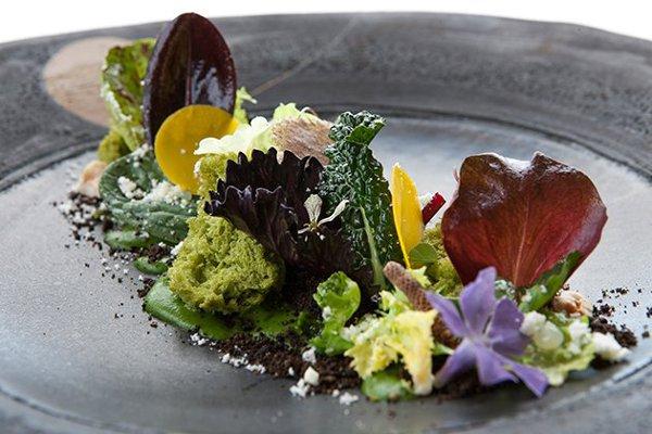 Meo-Modo-Restaurant-salad-borgo