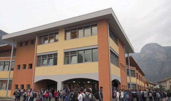 Insegnanti in Trentino. disegno di legge per il trasferimento