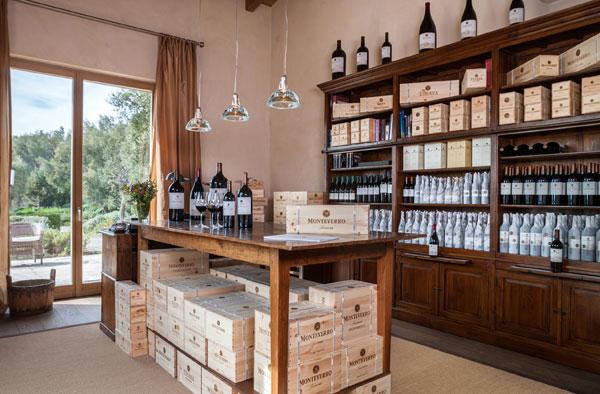 Wineshop Monteverro presso la tenuta di Capalbio