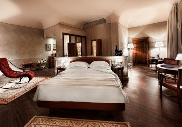 Palazzo Victoria Hotel, fusion of styles, luxury in Verona