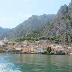 Incantevole Limone Sul Garda. Armonici riflessi sul lago