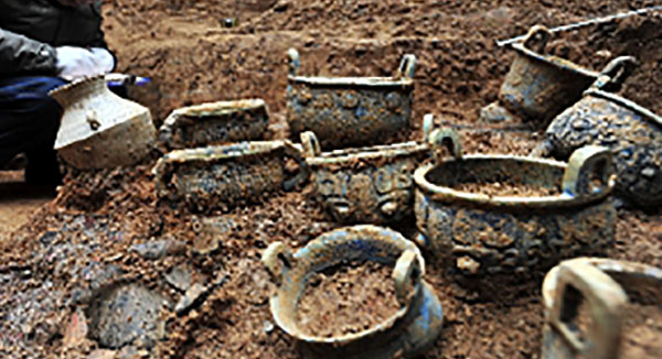 Giara con del vino vecchio di 2 mila anni