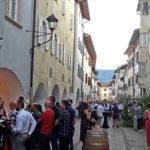 Vino e Portici a Egna, qualità e convivialità