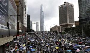 Pechino su Hong Kong