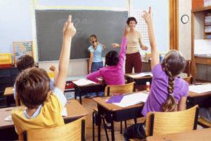 Riaprire le scuole, senza se e senza ma