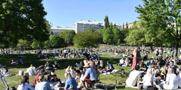 Svezia modello nella lotta al Covid-19