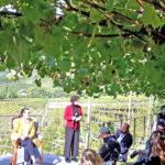 Salotto tra le vigne con le donne del Santa Maddalena