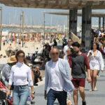 Israele senza mascherina all'aperto